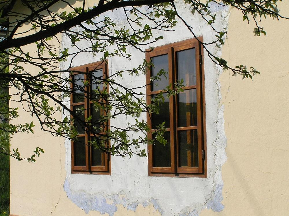 Aké okná na chalupu?