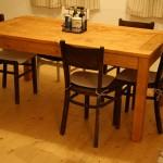 Stôl na chalupu