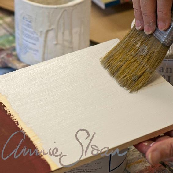 Vytvorenie hladkého povrchu použitím Chalk Paint™