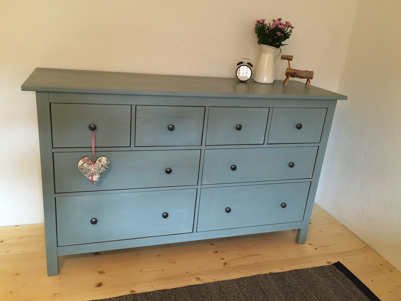 Chalk Paint In Picture