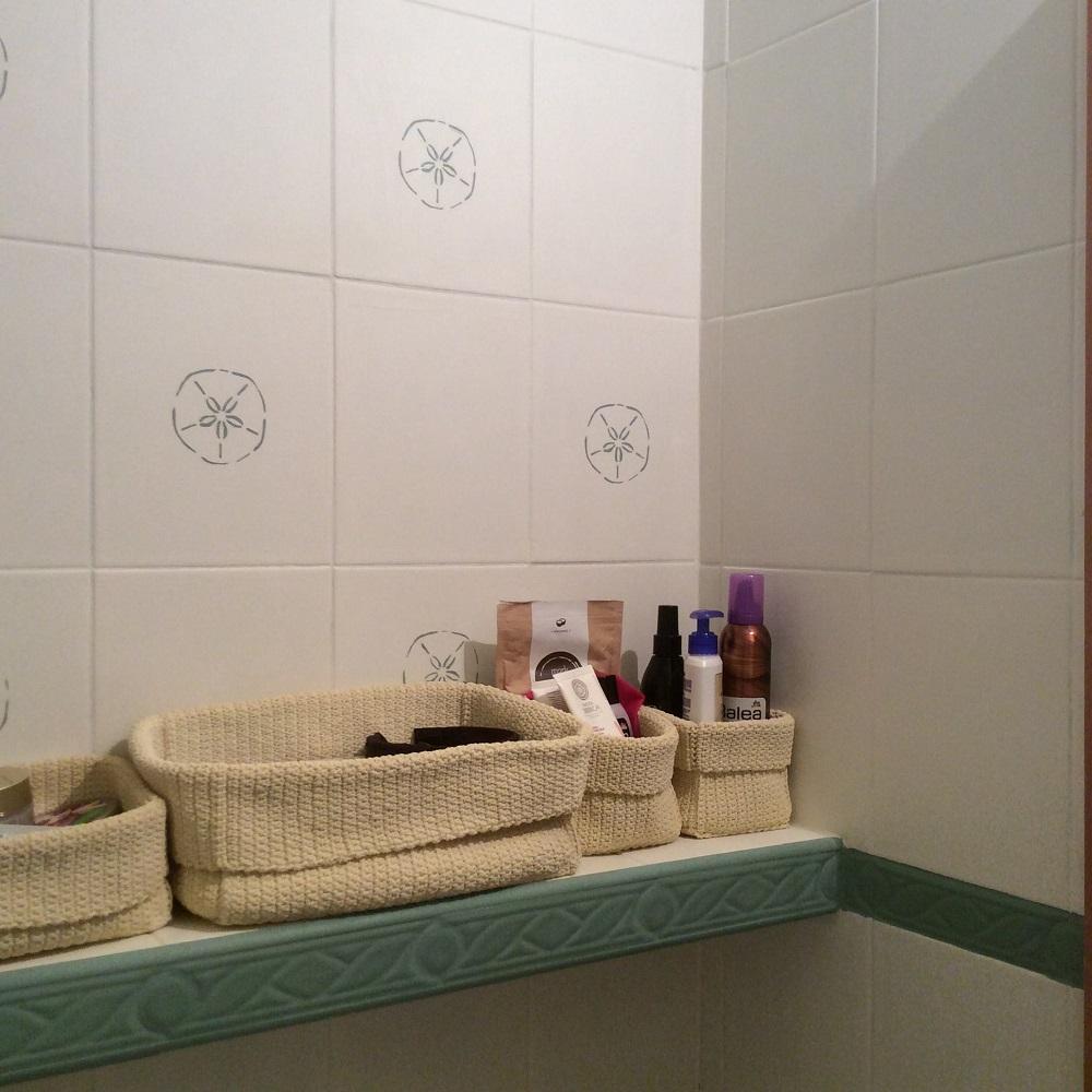 Premaľované obkladačky v kúpelni