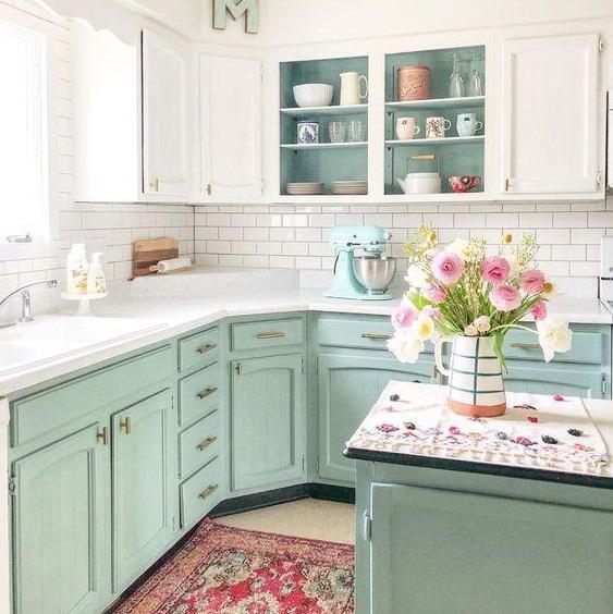 Ako si namaľovať a zrenovovať  kuchynskú linku