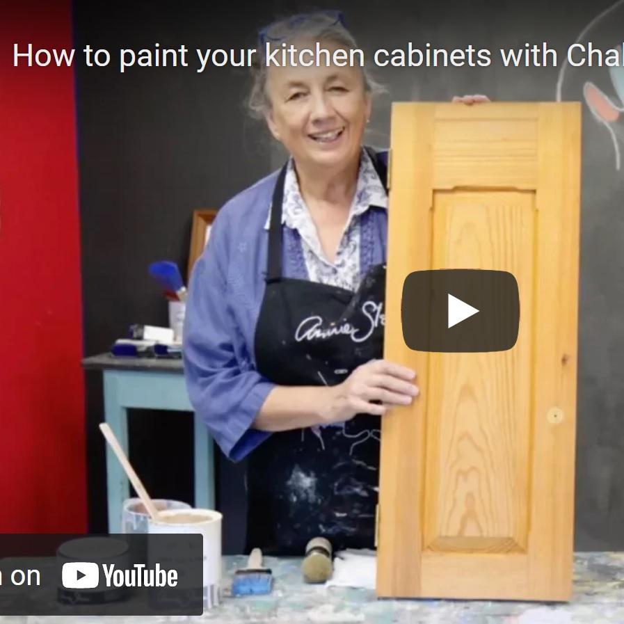 Ako namaľovať kuchynské dvierka použitím Chalk Paint